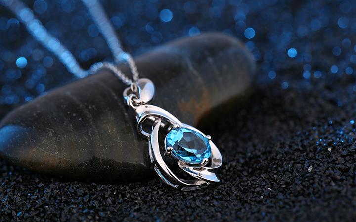 静物产品饰品模特拍摄珠宝首饰项链手链耳饰戒指拍摄玉石视频摄影