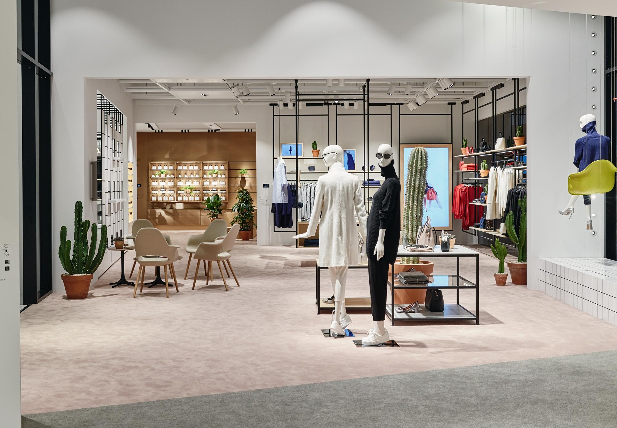高端商场设计店面店铺设计服装店设计专卖店室内装修设计效果图