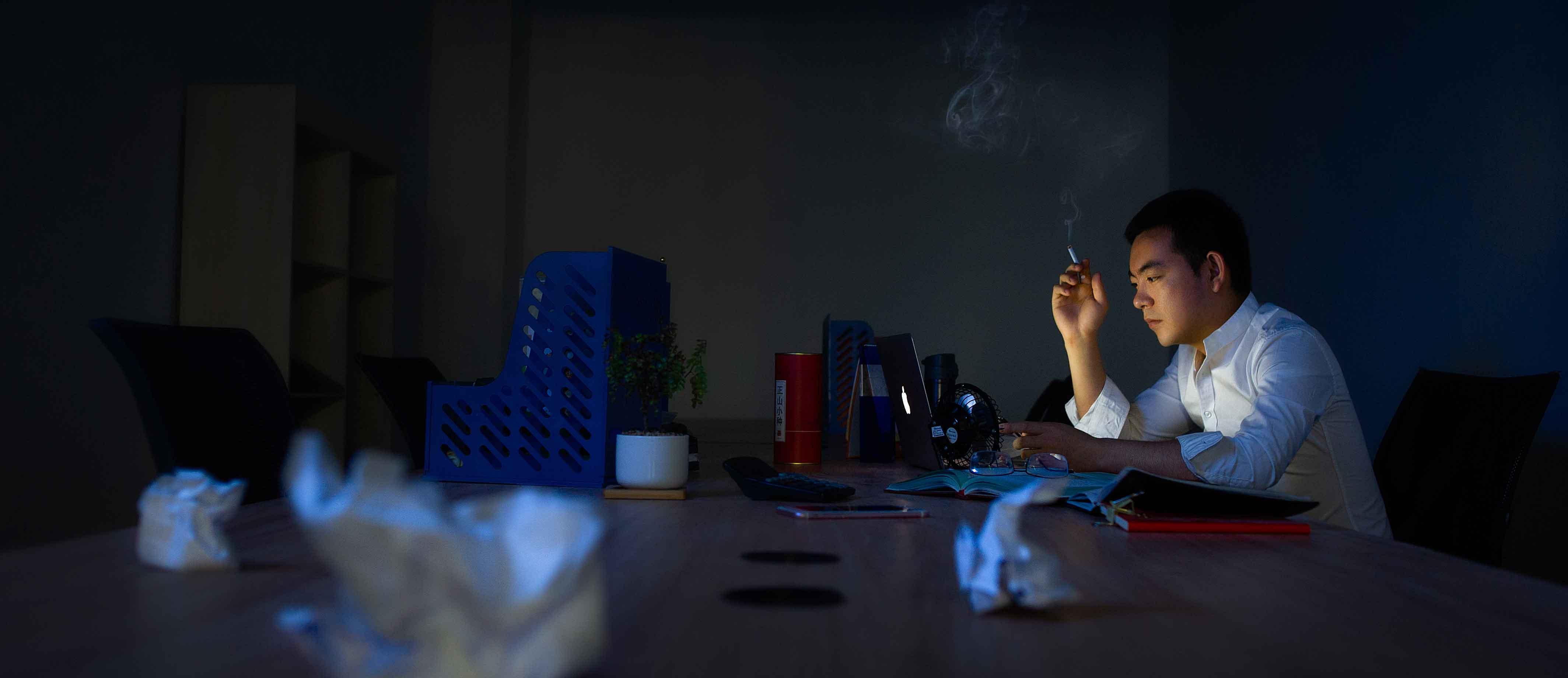 张玮,四川大凉山人,北漂创业2年,从未见过下午6点的北京。