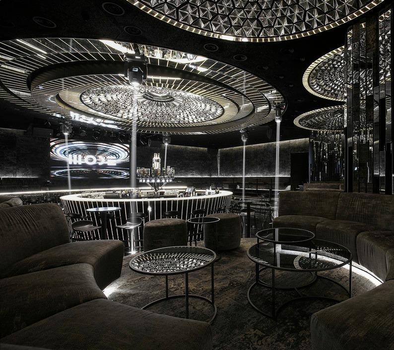 高端私人特色科技厅电竞跑车俱乐部门厅展厅设计室内空间装饰装修