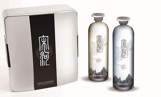 高端白酒包装(容器包装设计)