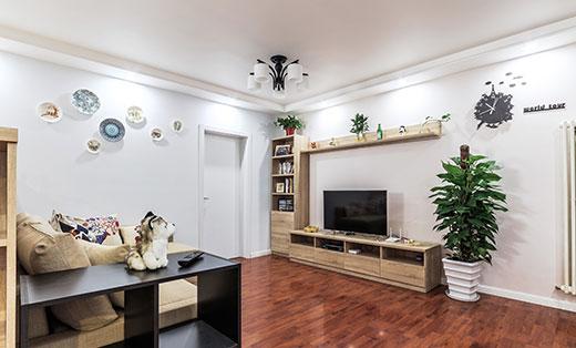 时尚简约原木风格88平米小居室